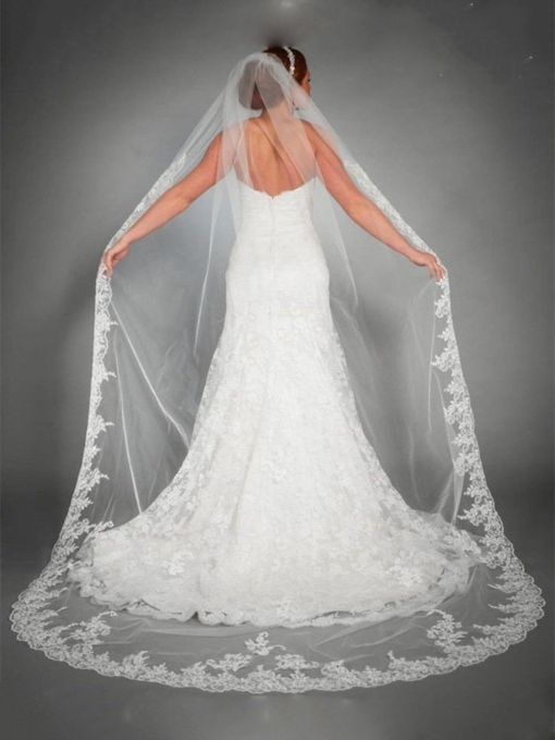 1T Lace Edge Wedding Veil