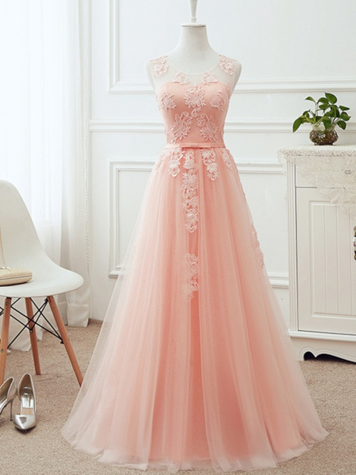Appliques Scoop Neck Long Bridesmaid Dress