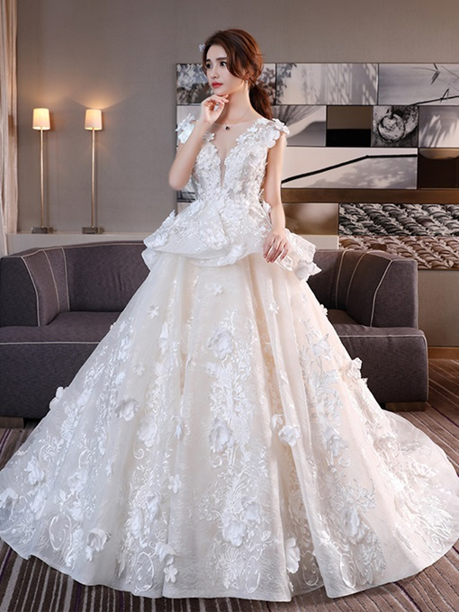 Appliques Flowers Lace-Up Chapel Train Wedding Dress