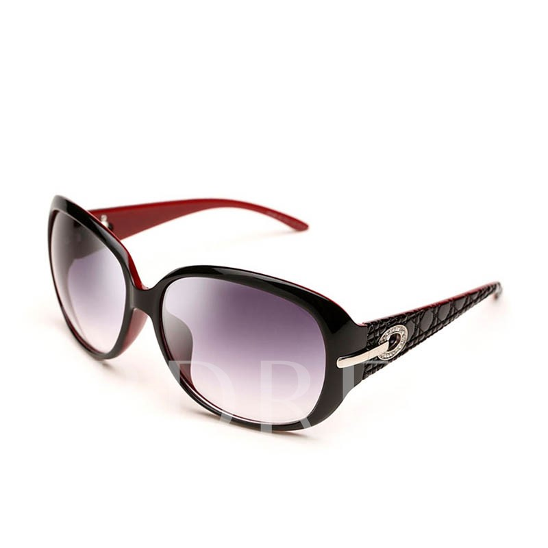 Stylish Large Frame with Rhinestone Polarized Sunglasses