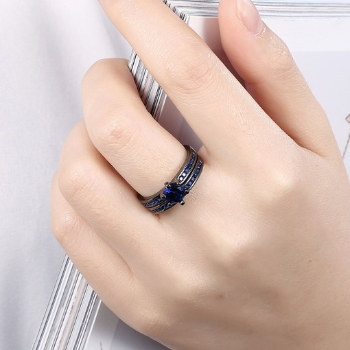 Double Layers Unique Blue Rhinestone Ring