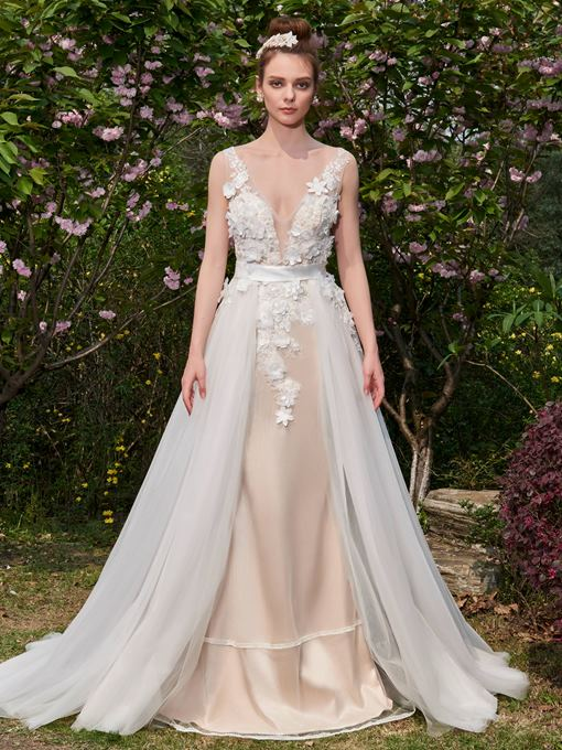 Flowers V-Neck Backless Appliques Wedding Dress