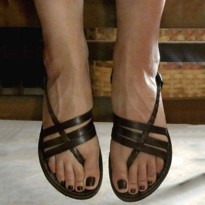 Strappy Flat Black Black Thong Sandals