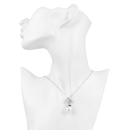 Fashionable Diamante Rhombus & Pearl Pendant Necklace