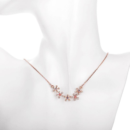 Sparkling Rhinestone Multiple Flowers Necklace