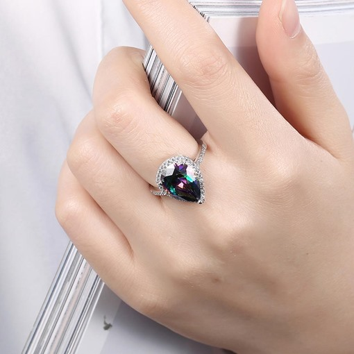 Water Drop Shaped Zircon Women's Ring