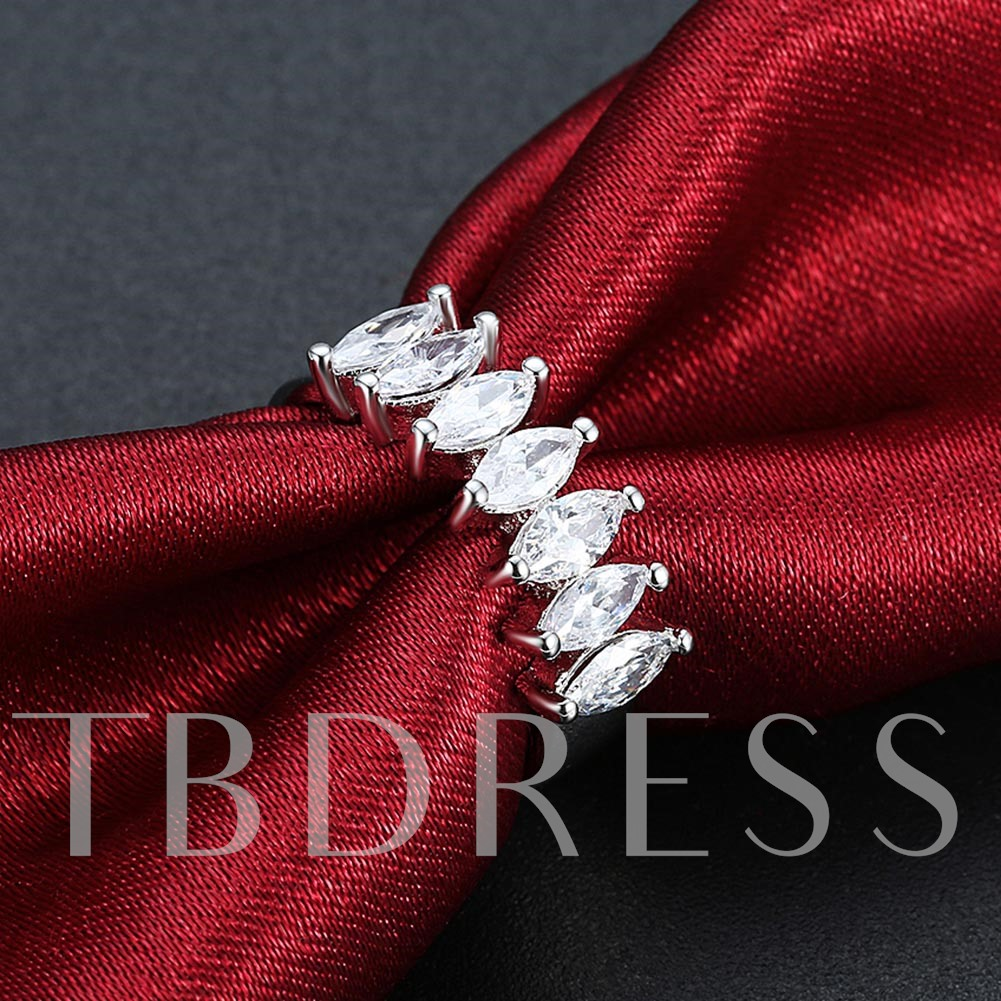 One Row Zircon Inlaid Concise Ring for Women