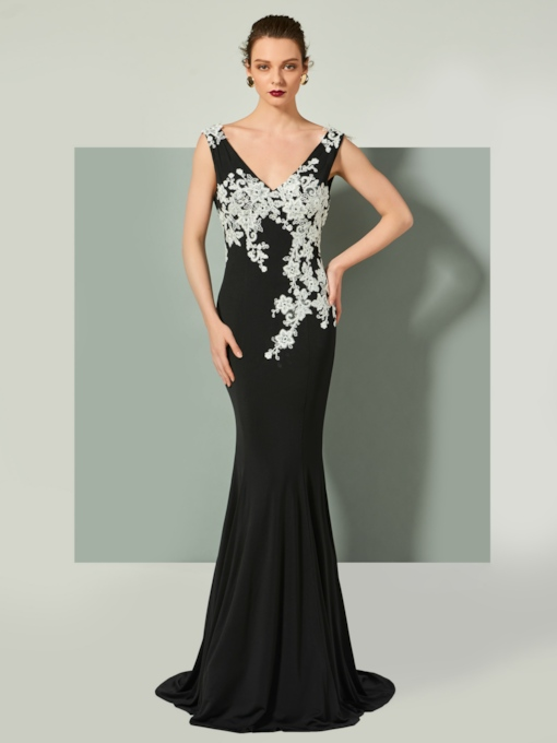 Trumpet V-Neck Appliques Backless Sleeveless Brush Train Evening Dress