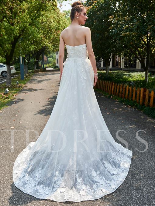A-Line Strapless Sweetheart Floral Appliques Lace Wedding Dress