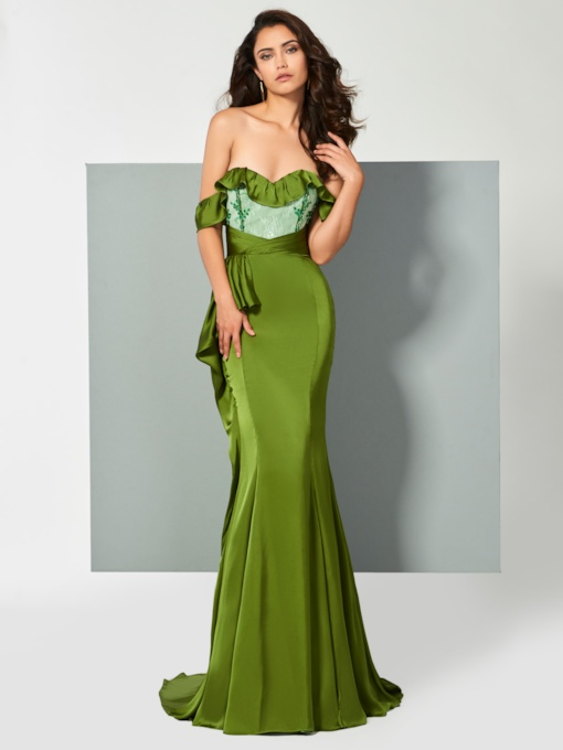Off-the-Shoulder Appliques Ruffles Mermaid Brush Train Evening Dress
