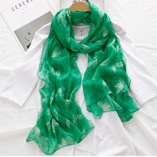 Feather Print Lighter Polyester Yarn Scarfs