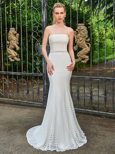 Strapless Lace Floor-Length Mermaid Wedding Dress