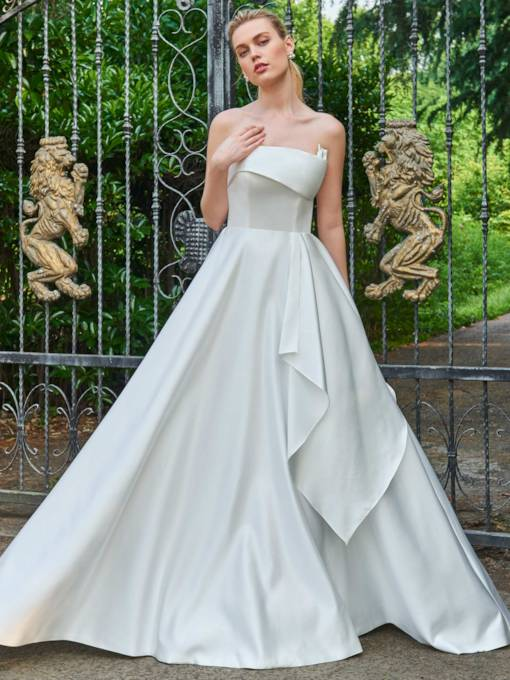 Strapless Sleeveless Zipper-Up A-Line Wedding Dress