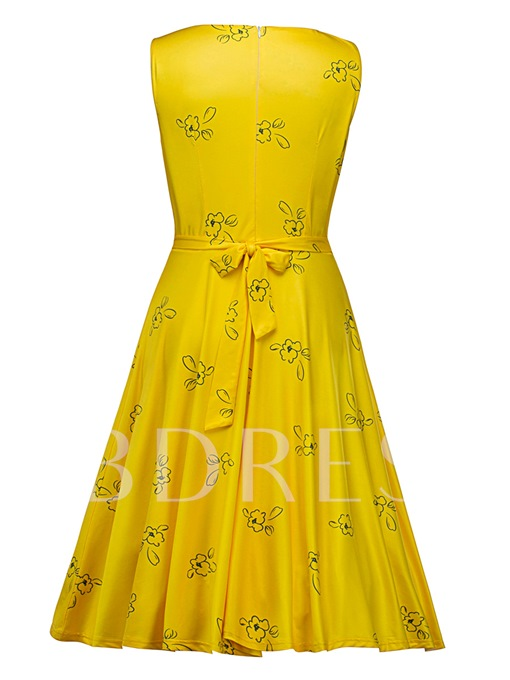 Yellow Sleeveless Lace up Women's Day Dress