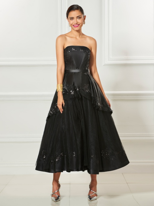 Strapless A-Line Appliques Beading Tea-Length Cocktail Dress