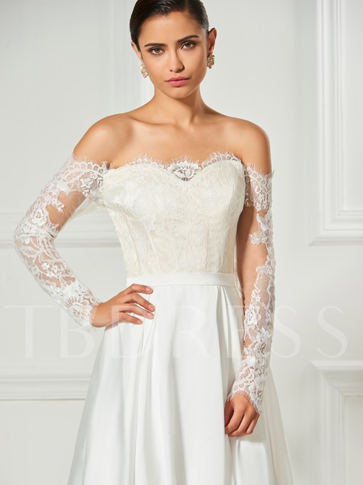 Scalloped-Edge Appliques Lace Pleats Long Sleeves Cocktail Dress