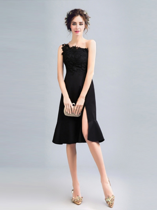 One-Shoulder Column Appliques Split-Front Knee-Length Cocktail Dress