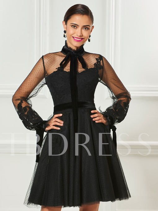 High Neck Long Sleeves Appliques Bowknot Short Cocktail Dress