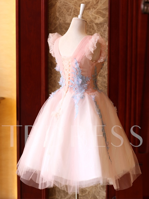 V-Neck A-Line Appliques Flowers Pleats Cap Sleeves Short Homecoming Dress