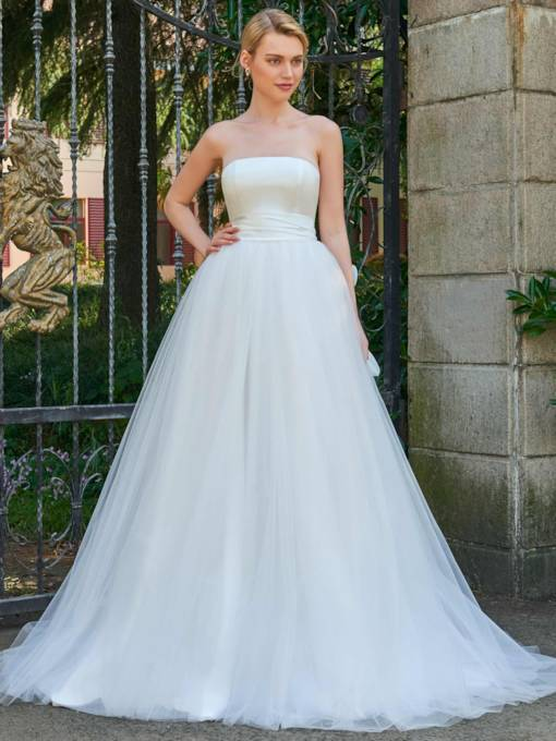 Strapless Zipper-Up Bowknot Court Train Wedding Dress