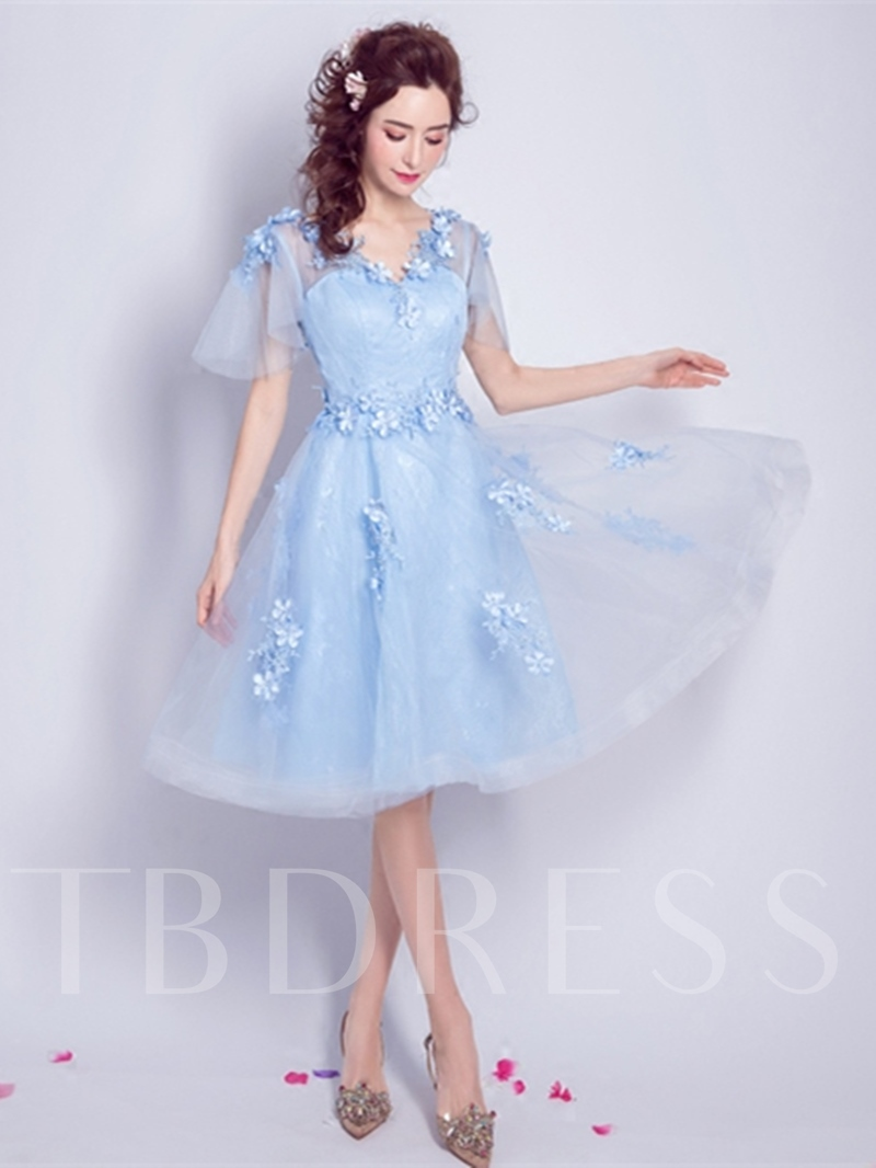 Image of A-Line Appliques Flowers Lace Pearls V-Neck Knee-Length Homecoming Dress