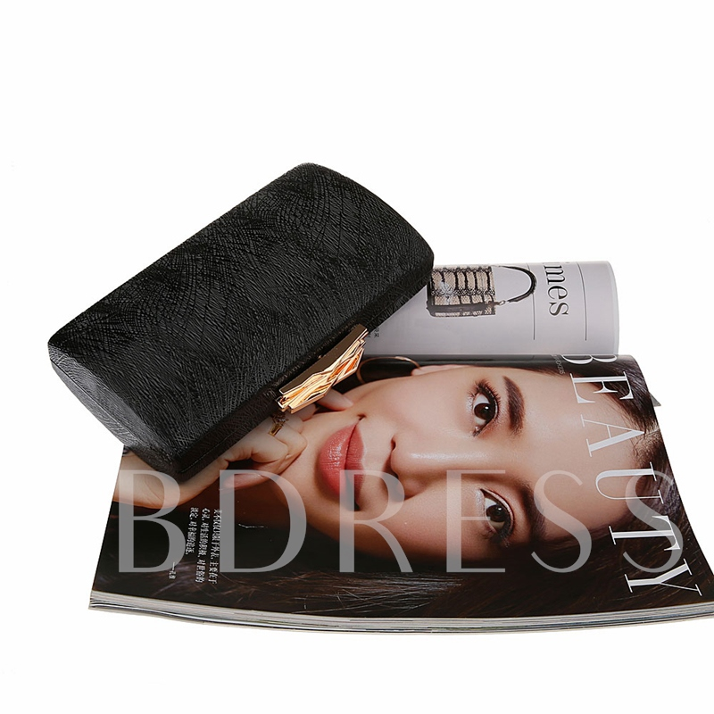 Chic Solid Color Chain Evening Clutch