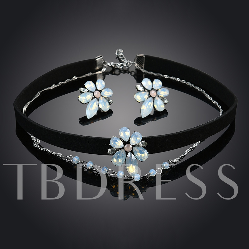 Flower Rhinestone Velet Rope Torques Choker Necklace Jewelry Sets