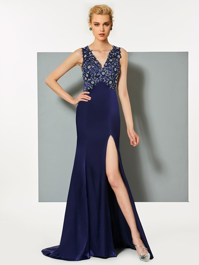 V-Neck Mermaid Appliques Split-Front Evening Dress