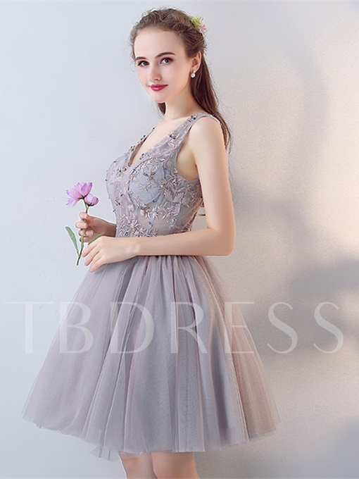 A-Line Beaded Lace V-Neck Short Homecoming Dress