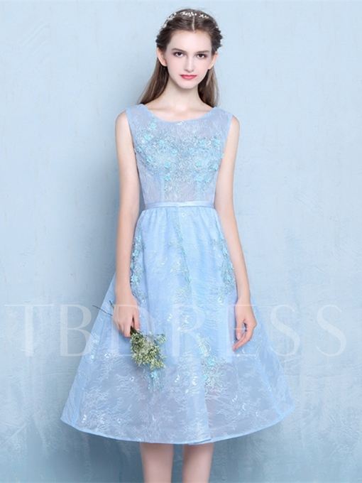 A-Line Lace Scoop Tea-Length Sashes Appliques Beading Homecoming Dress