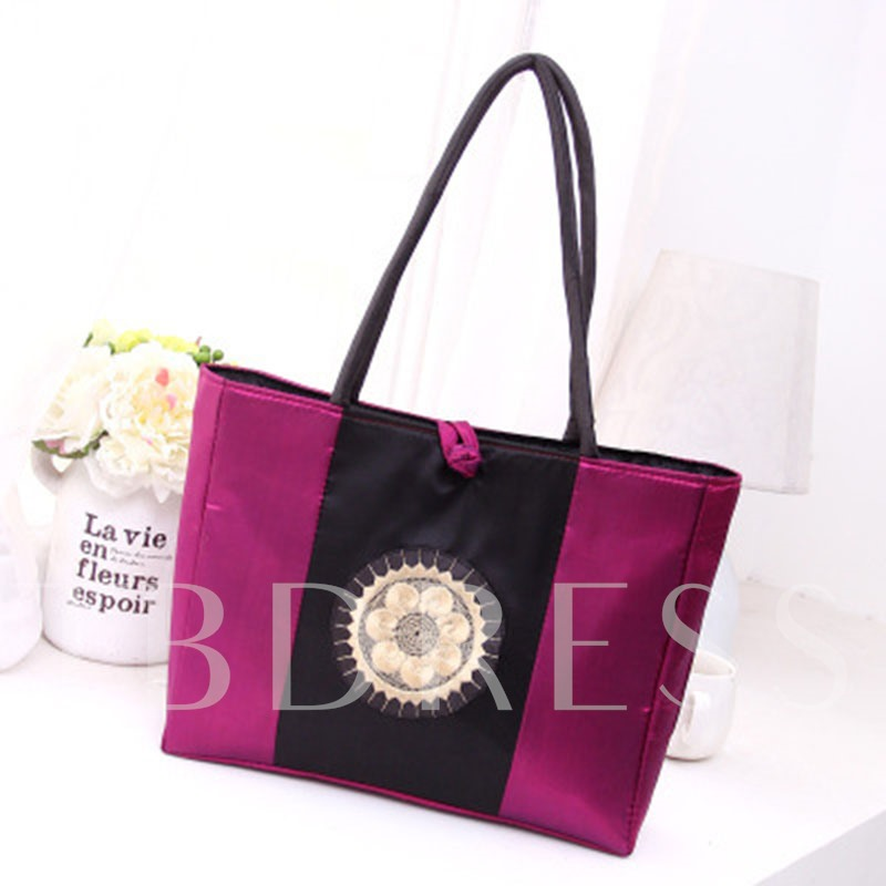 Casual Ethnic Style Floral Embroidered Shoulder Bag
