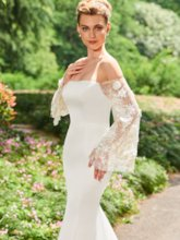 Long Sleeve Mermaid Off the Shoulder Wedding Dress