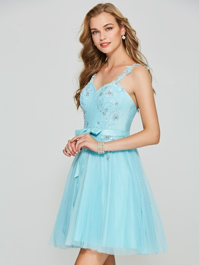 A-Line Spaghetti Straps Backless Appliques Homecoming Dress