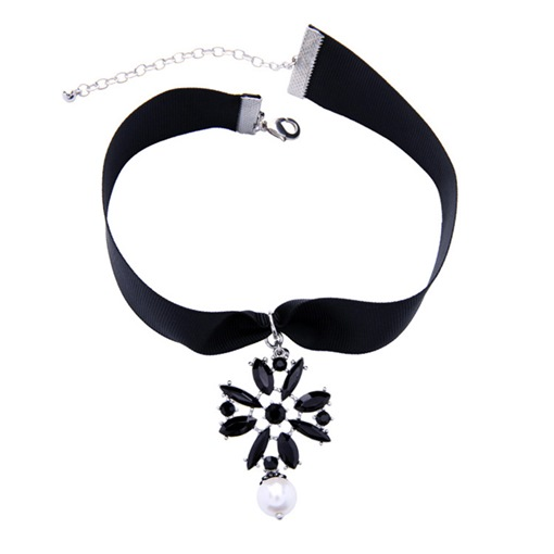 Wide Rope Black Rhinestone Flower Pearl Alloy Necklace
