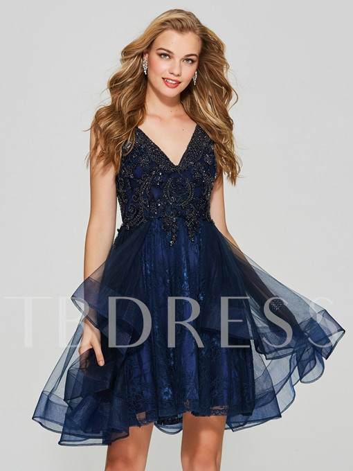 A-Line Beading Lace V-Neck Short Homecoming Dress