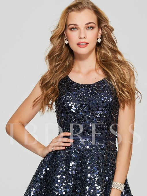 A-Line Scoop Sequins Mini Homecoming Dress