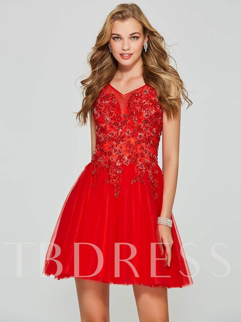 A-Line V-Neck Sequins Appliques Short Homecoming Dress