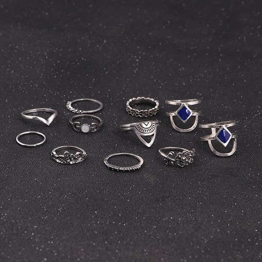 Blue Rhinestone Vintage Hollow Out Knuckle Ring
