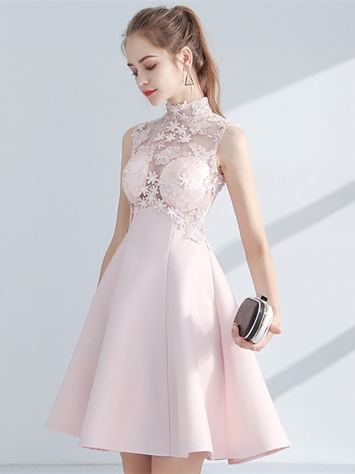 A-Line Empire High Neck Appliques Lace Knee-Length Homecoming Dress