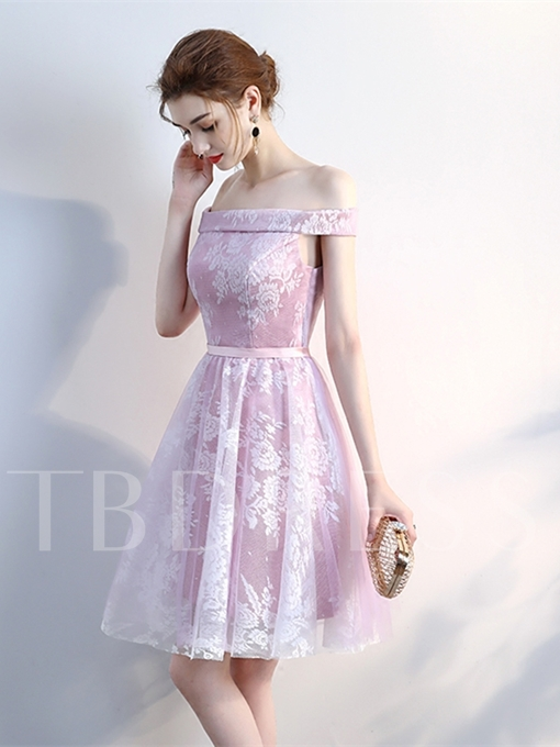 A-Line Off-the-Shoulder Sashes Lace Knee-Length Homecoming Dress