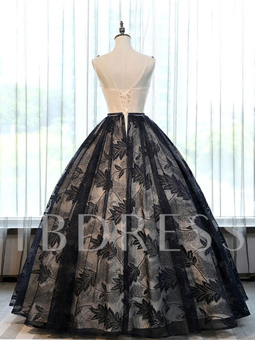 Appliques Beading Lace Ball Gown Scoop Floor-Length Quinceanera Dress