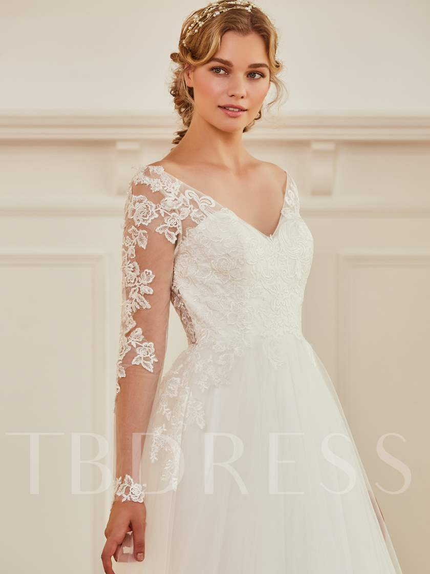 V-Neck Long Sleeves Appliques Wedding Dress