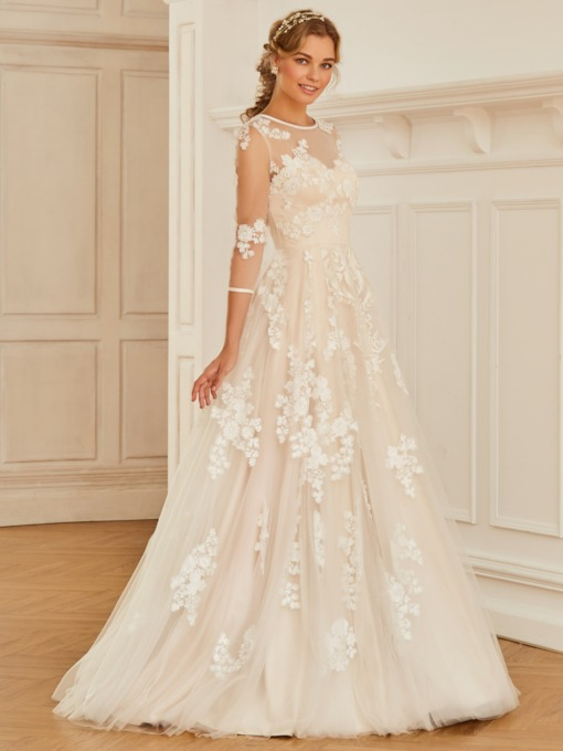 3/4 Length Sleeves Appliques Wedding Dress