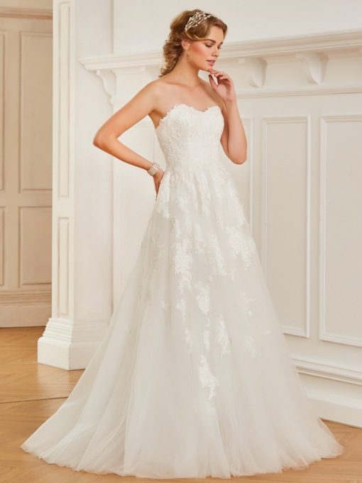 A-Line Strapless Appliques Wedding Dress