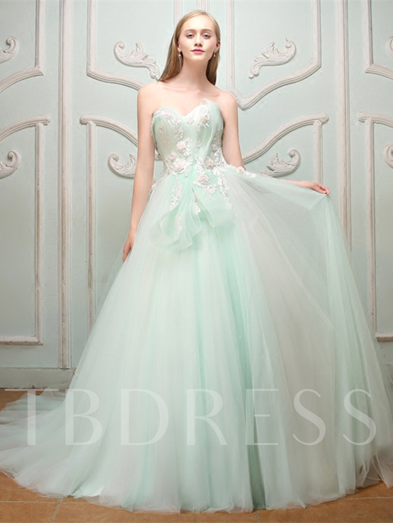 Sweetheart Ball Gown Flowers Lace Pearls Floor-Length Quinceanera Dress