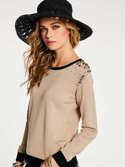 Round Neck Beading Decorative Pullover Women's Knitwear