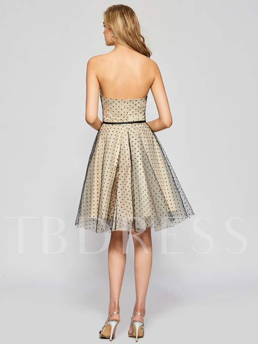 A-Line Strapless Sashes Knee-Length Homecoming Dress