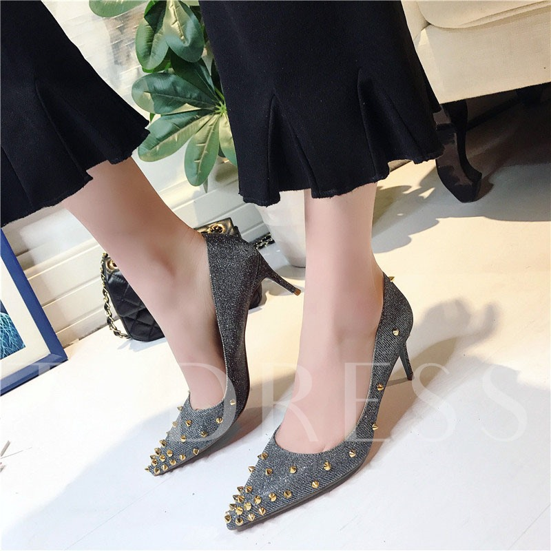 Slip-On Rivet High Heels Plain Shoes of Personality