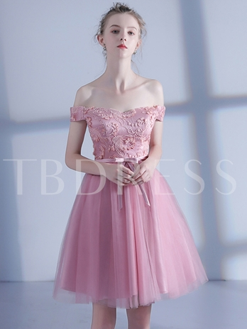 Appliques Off-the-Shoulder A-Line Bowknot Sashes Mini Homecoming Dress