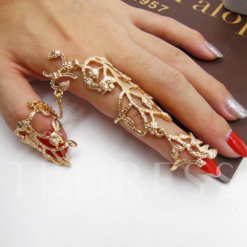 Dazzling Hollow Out Rose Rhinestone Conjoined Ring